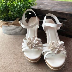 Wanted brand wedges